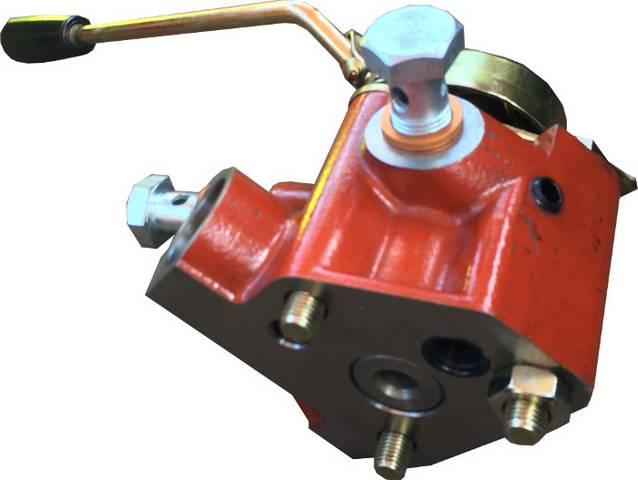 Χειριστήριο διπλής ενεργείας για ελκυστήρα FIAT.
